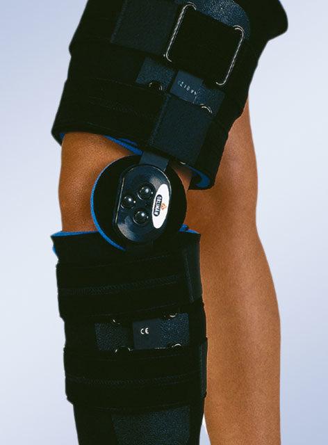 Orteza stawu kolanowego obejmująca całą goleń i udo, z regulacją zakresu ruchomości 94230(krótka) / 94240(długa)